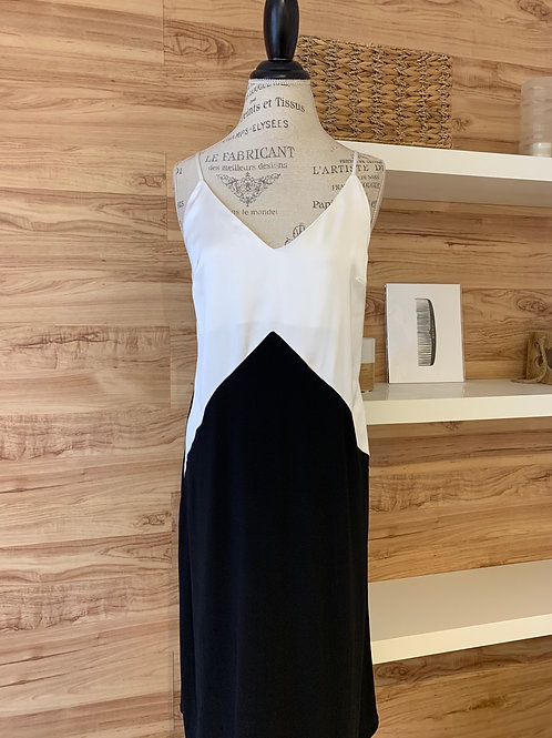 Robe chic style nuisette satinée