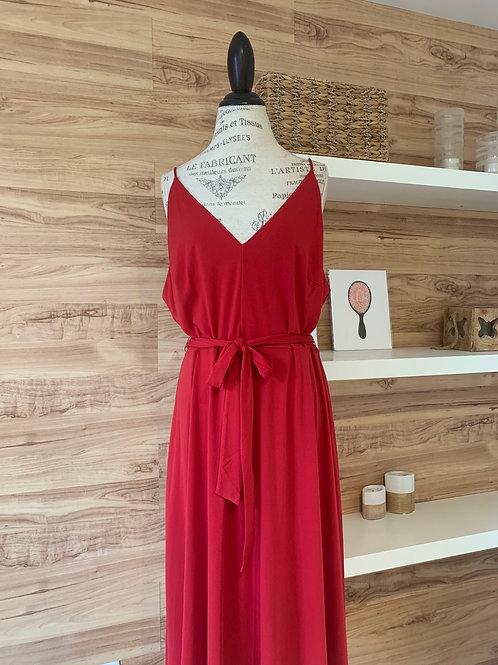 Robe rouge cerise