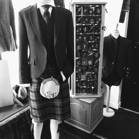 How to select your Tartan and Kilt-Hire