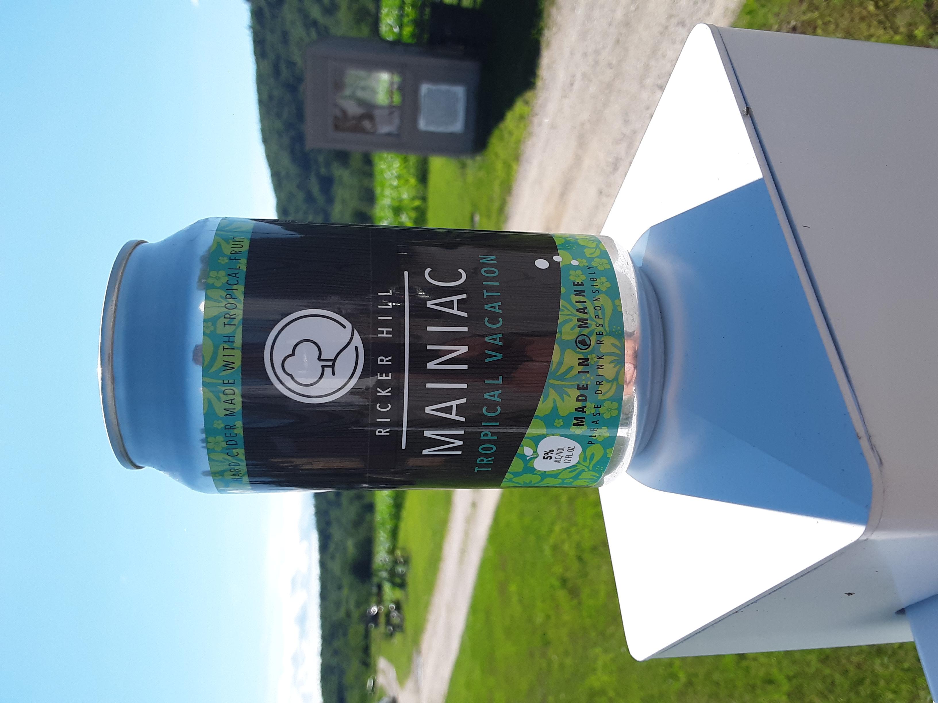 Ricker Hill Mainiac Tropical Vacation hard cider