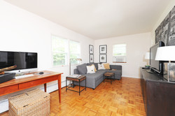 8651 Dupont Ave S: Living