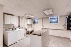 1901 Stevens Ave S 205-large-012-14-Laundry Room-1500x1000-72dpi