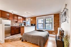 1901 Stevens Ave S 205-large-004-6-Living Room-1499x1000-72dpi