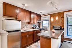 1901 Stevens Ave S 205-large-006-12-Kitchen-1500x1000-72dpi