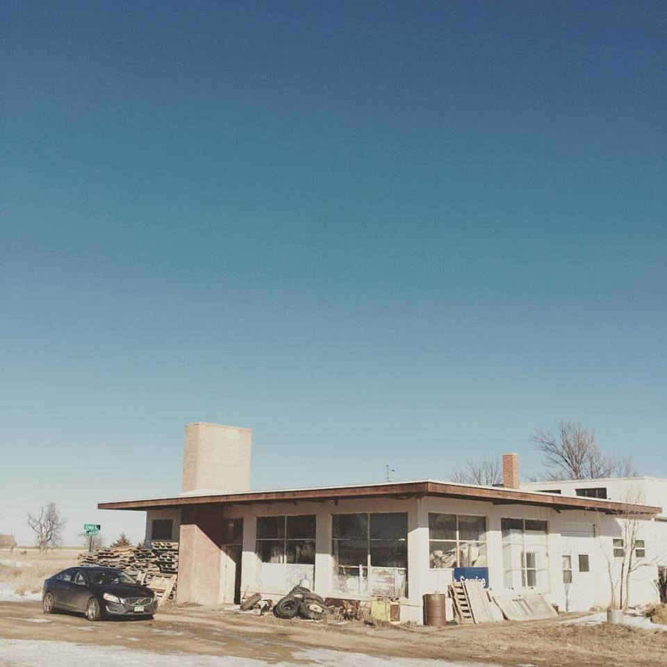 Could this building be the origin of my mid-century lust?