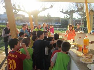 Una fenomenal  tarde de cumpleaños de Luis, con las familias del equipo