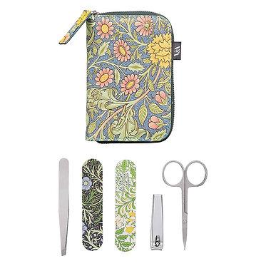 V&A Manicure Kit