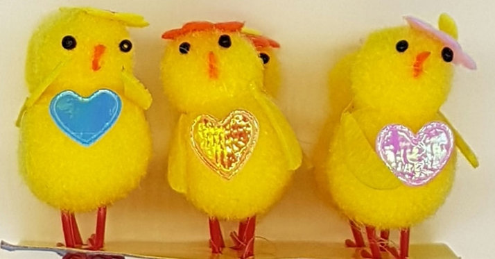 Easter Chicks With Flower Hats