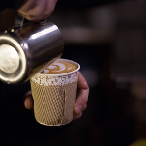 Better than Starbucks With Less Calories: Homemade Tumeric Latte