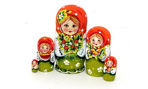 Matryoshka Lara & Berries