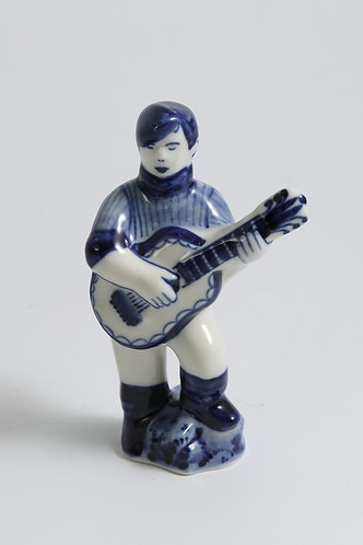Guy with Guitar Figurine. Blue&White Porcelain. Gzhel.