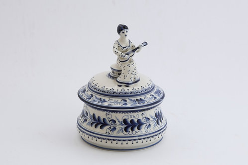 Lady&Guitar Box. Blue&White Porcelain. Gzhel.