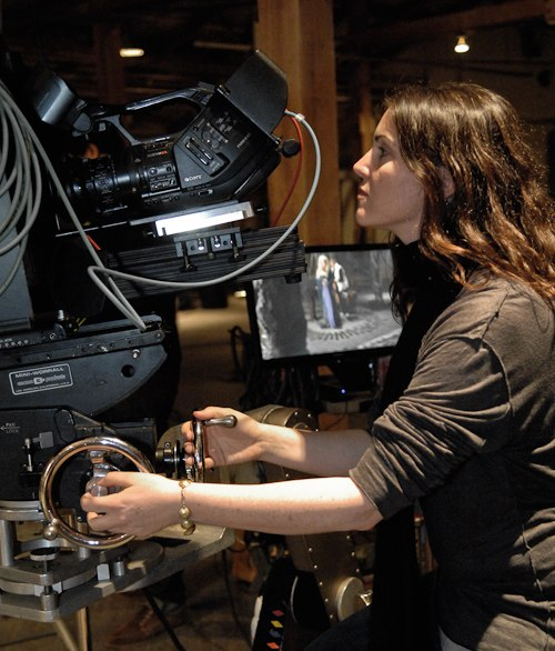 Kim Furst directs HOLLOW (2010)