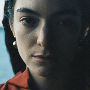 LORDE GIVES US ANOTHER GLIMPSE INTO 'SOLAR POWER' WITH 'STONED AT THE NAIL SALON'