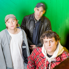 DMA'S 'THE GLOW' REVIEW
