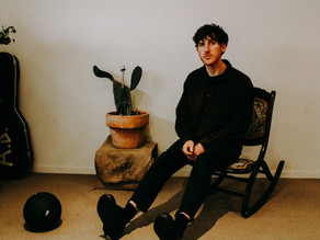ALEXANDER BIGGS DROPS NEW SINGLE 'I'VE BEEN HOLDING ONTO YOU FOR WAY TOO LONG'