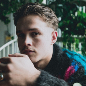 OLIVER MALCOM RELEASES 'THE MACHINE' MUSIC VIDEO