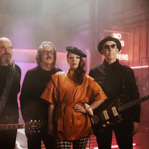 GARBAGE DROP NEW ALBUM 'NO GODS NO MASTERS'