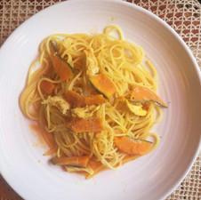 かぼちゃと鶏肉のトマトソーススパゲッティ