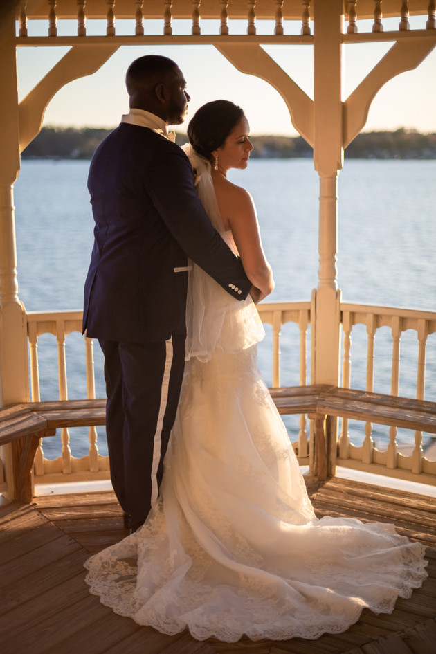 Bride and Groom on the Chesapeake bay near Annapolis