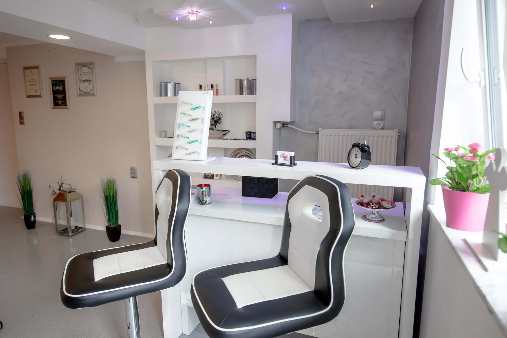 Warda-Beauty Studio