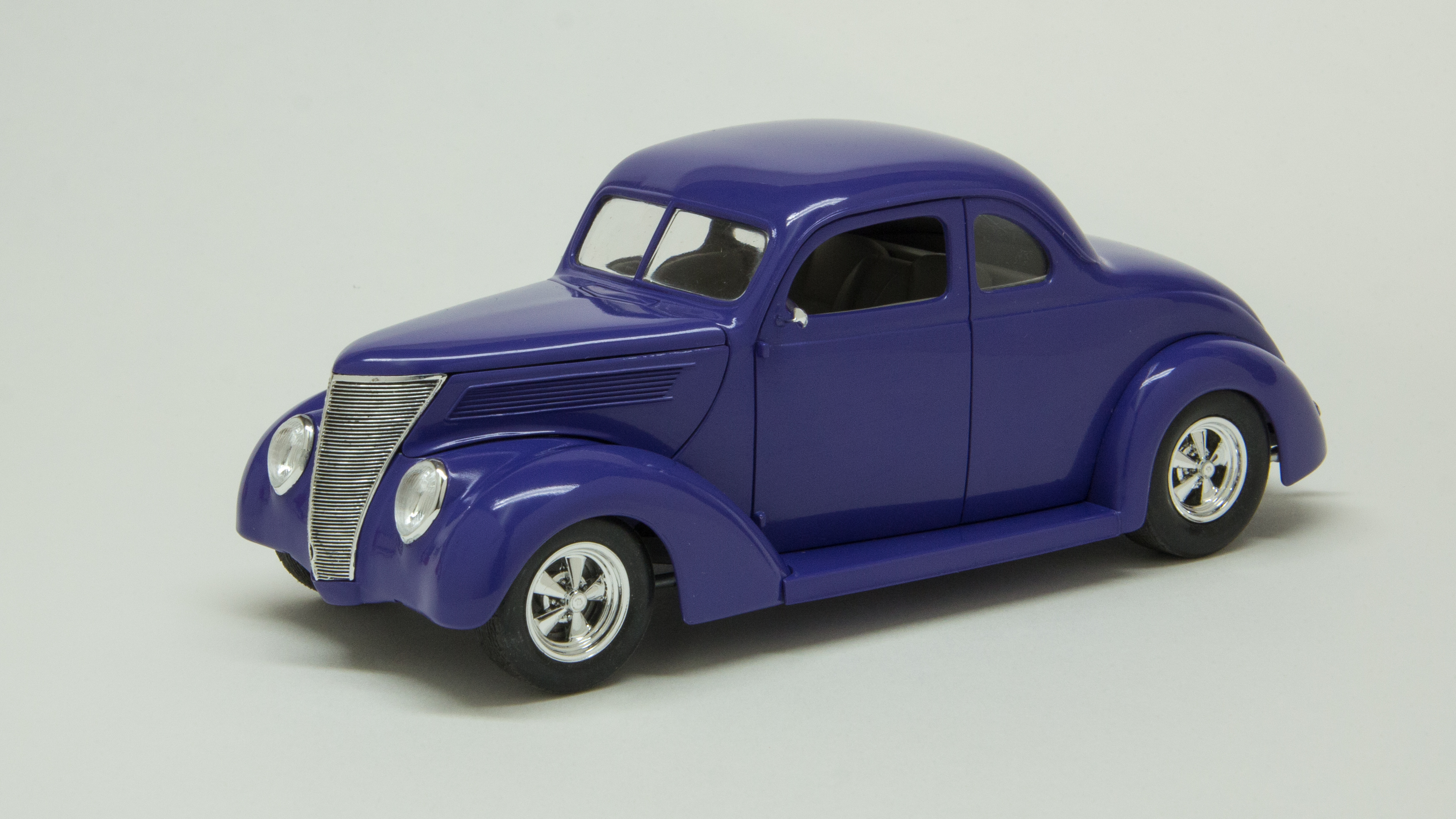 37 Ford #9020