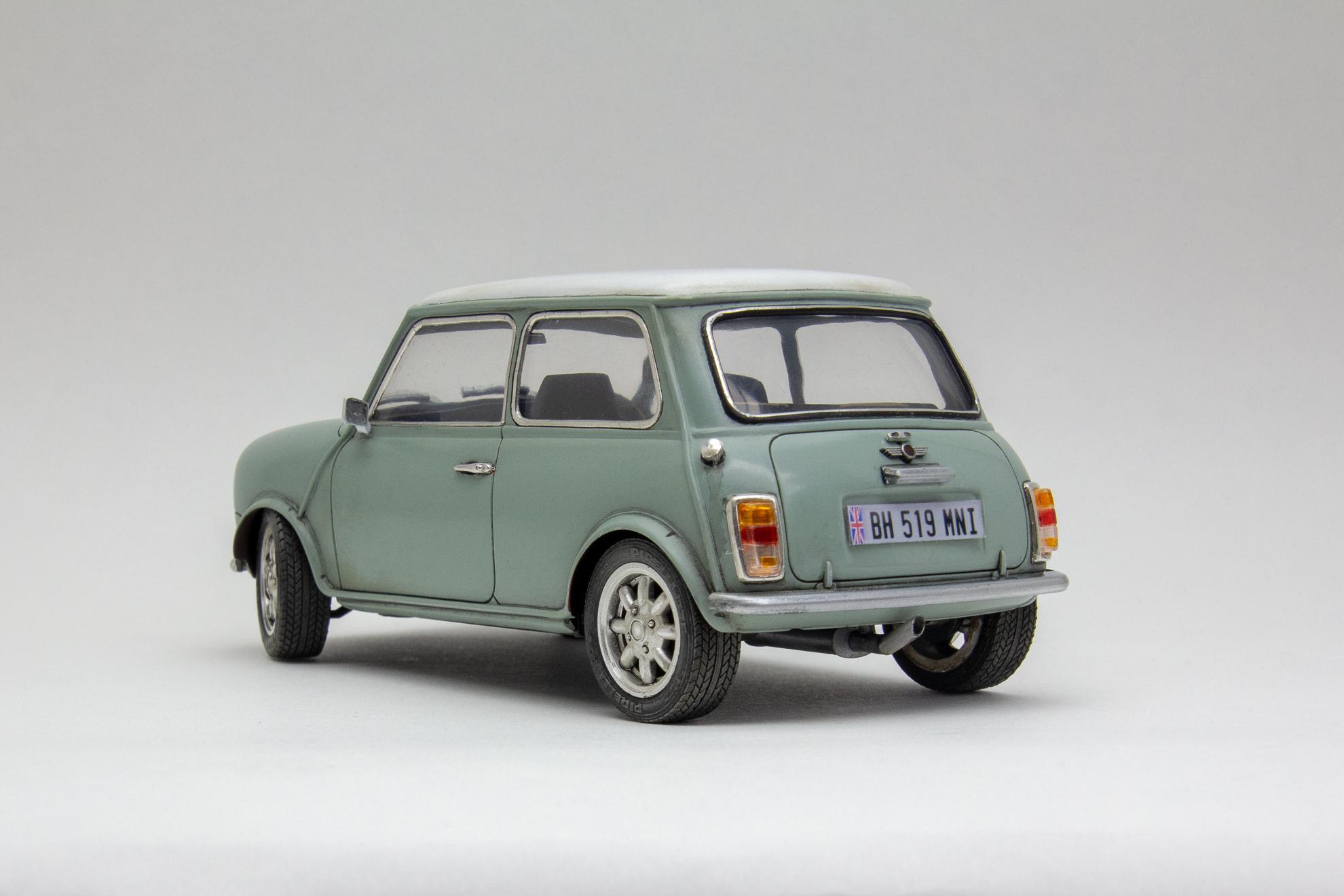 Old Mini Cooper  #8835