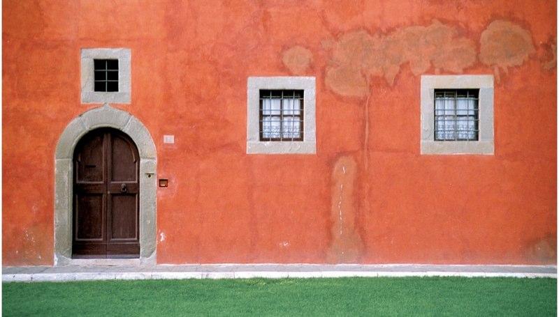 Pisa Wall