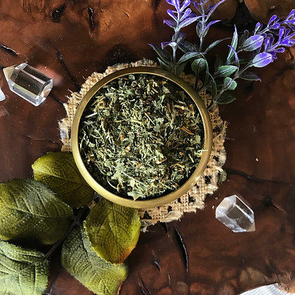 Organic Feverfew Herb (Cut + Sifted)