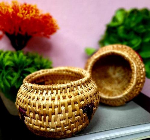 Haastika Handmade Golden Grass Showpiece Figurine (10 cm, Gold)