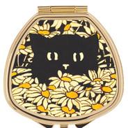 cat in daisies