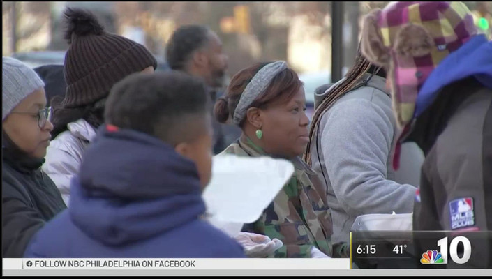 Philadelphians Give Back on Christmas Day 2017