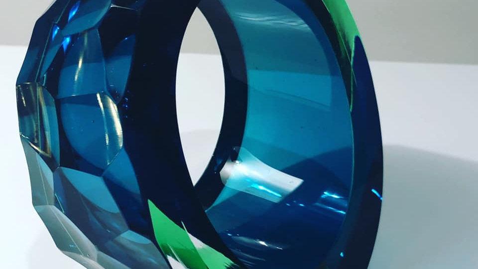 Graeme Hawes, Medium cut glass blue and green