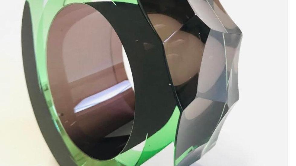 Graeme Hawes, Small cut  green
