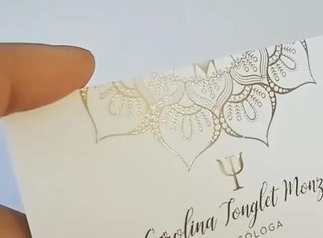 Cartões com Verniz High Gloss em Alto Relevo – Conheça as vantagens de escolher os cartões da RioGD!