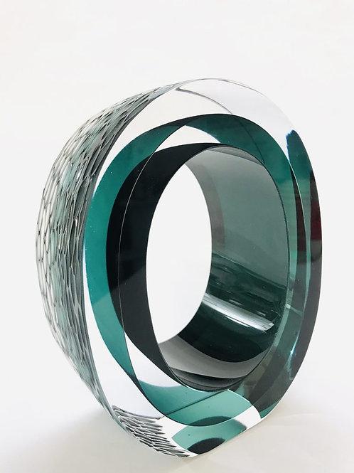 Graeme Hawes, Oval medium cut glass Steel Blue