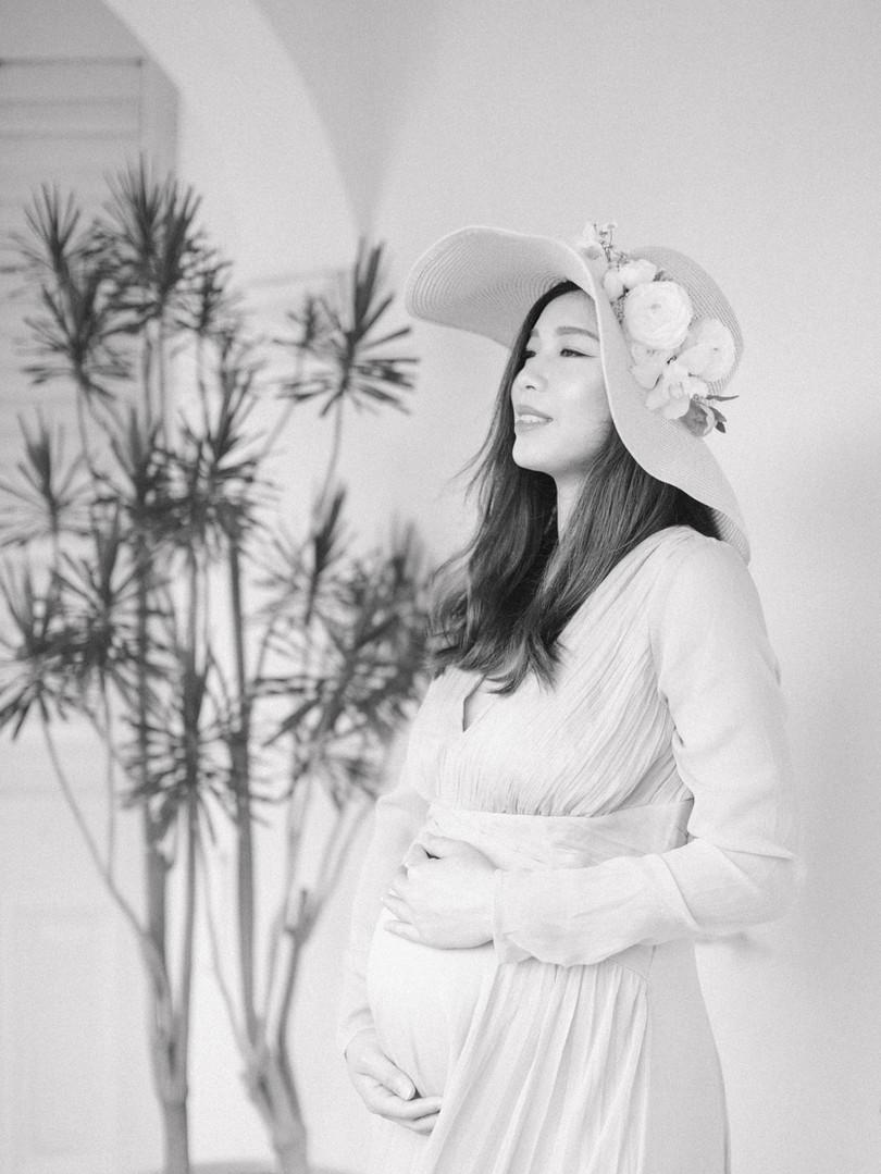 Pudding Maternity-31crop.jpg