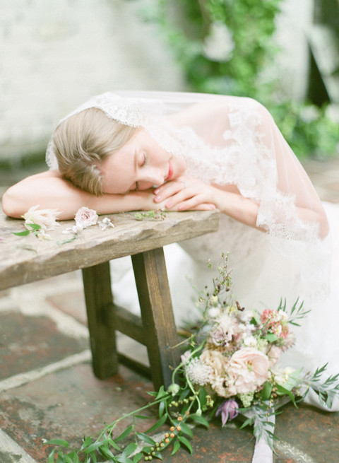Floral styled shoot-12.jpg