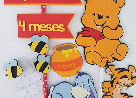 Topo de Bolo Ursinho Pooh cute - Arquivo de Corte