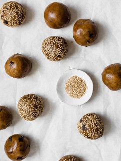 Cookie Balls-1.jpg