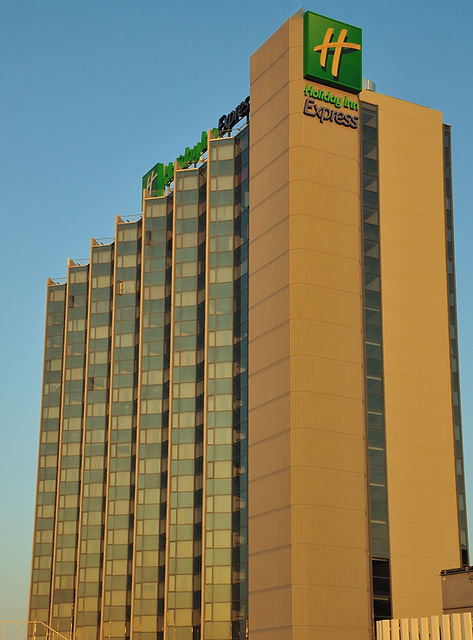 Holiday Inn 4.JPG