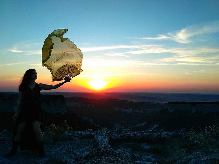 fan-sunset.jpg