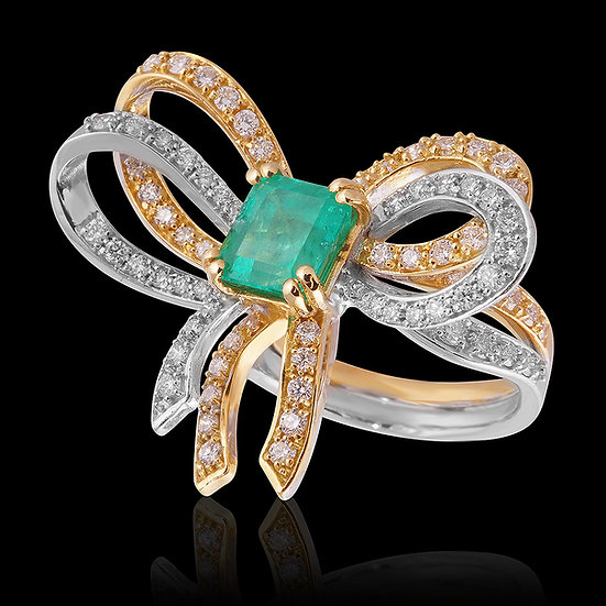 #382 EMERALD BOW RING