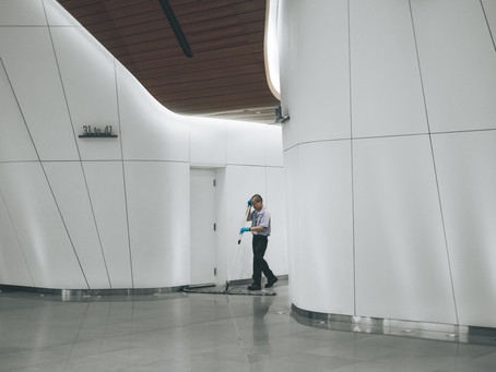 Does Your Business Need a Commercial Cleaning Company?