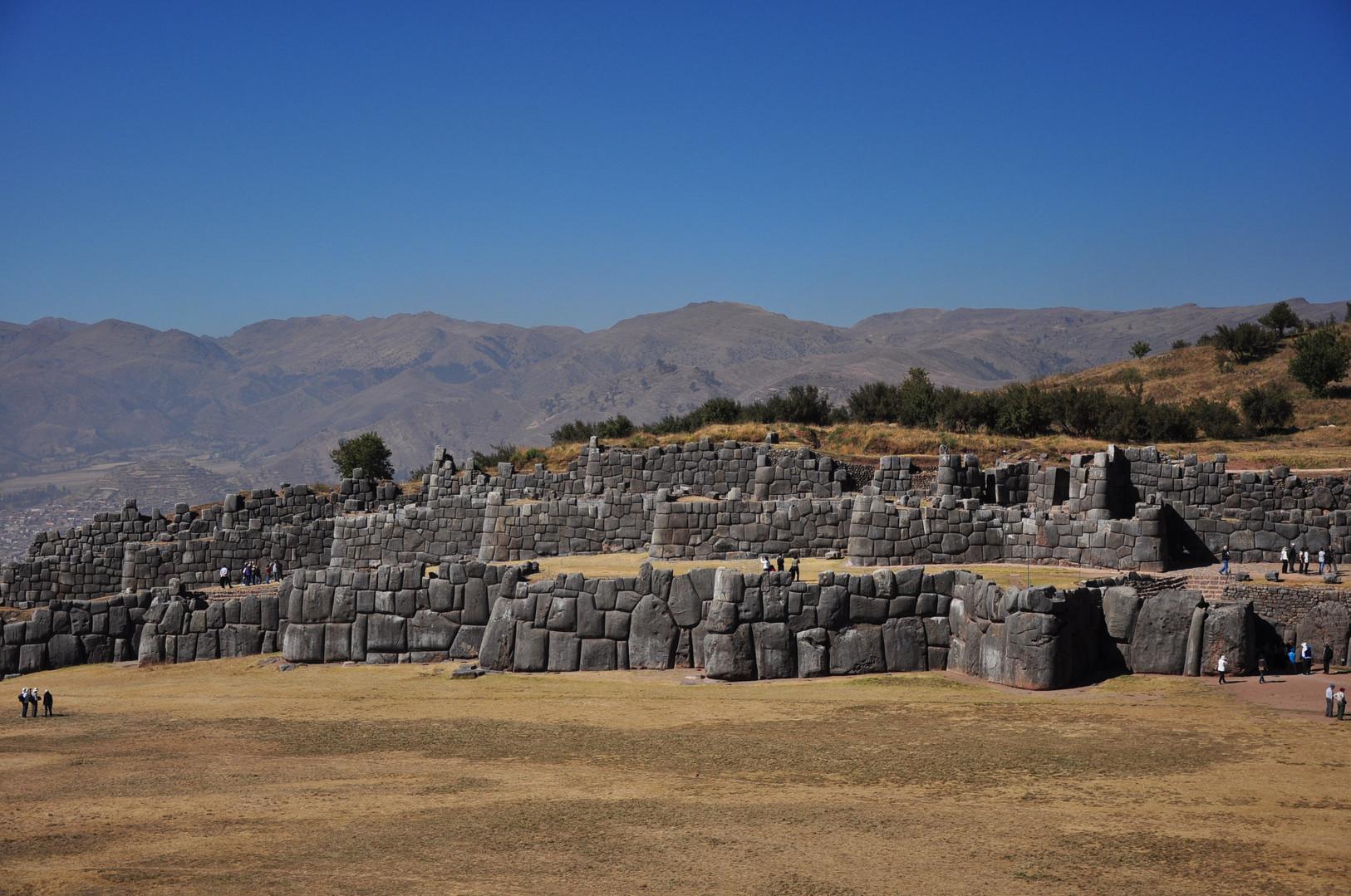 Sacsayhuaman - Cusco.jpg