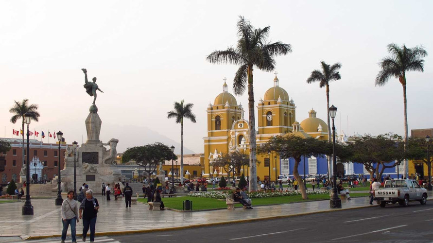 Plaza de Armas Trujillo.jpg
