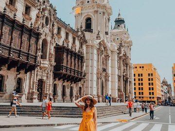 Palacio Arzobispal - Lima, Peru .jpg