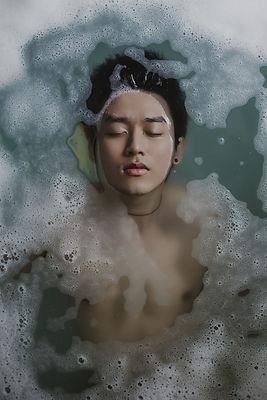 bathing-918720_1920.jpg