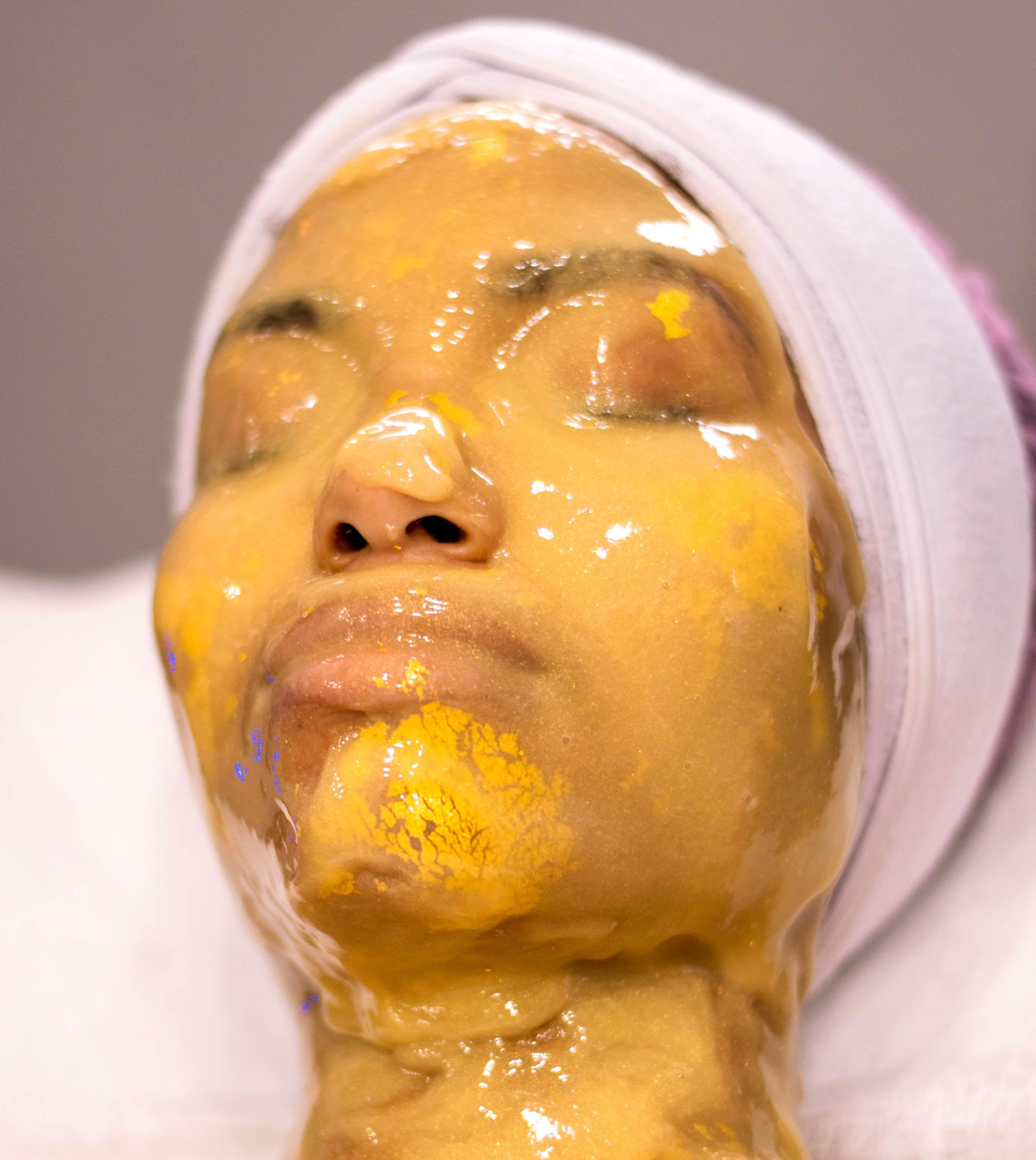 24K Gold Facial