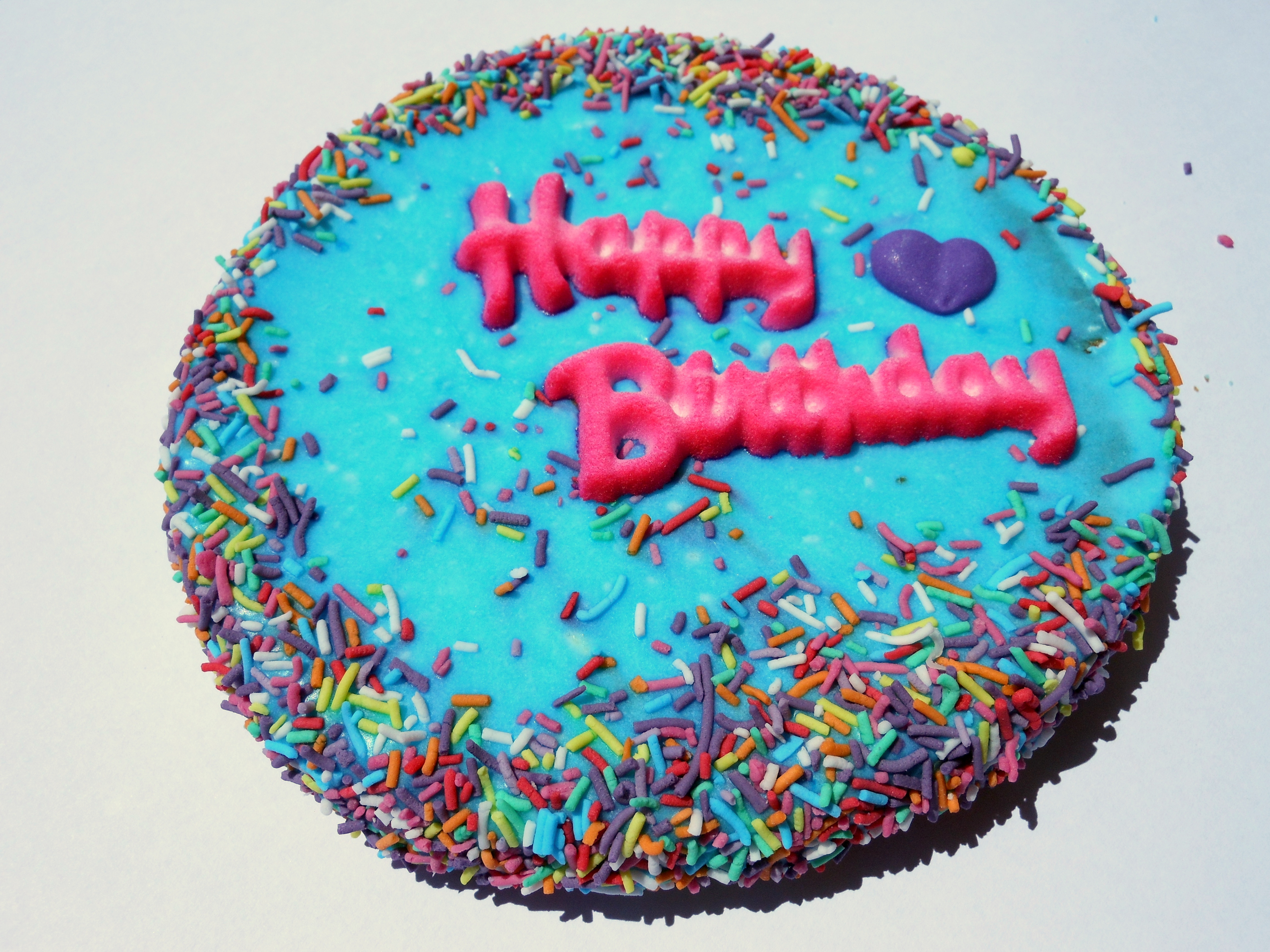 Yeeha-Birthday-Cake-Horse-Treats-Blue-and-Pink